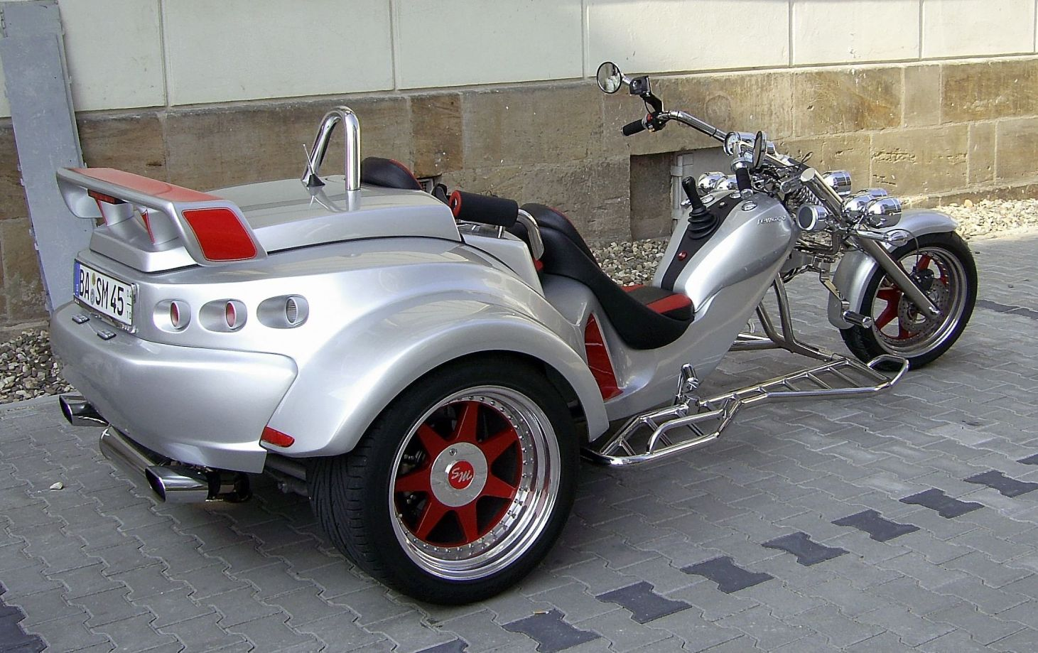 BELLAAuto-moto